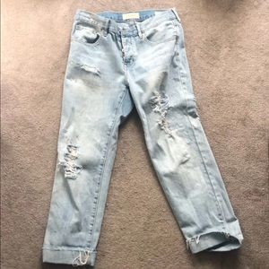 Light wash cropped boyfriend  jeans